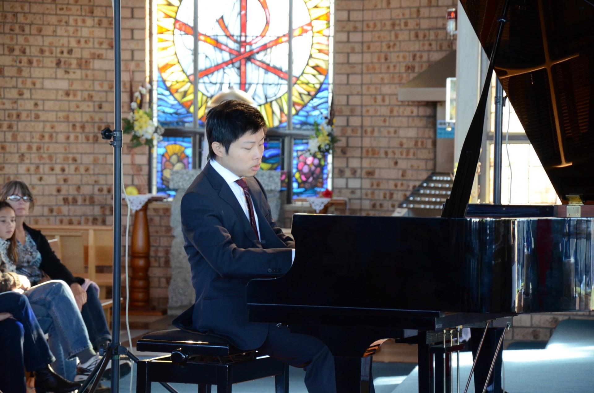 Avan at Piano